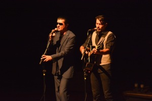Show Queen e Bee Gees - divulgação (1)
