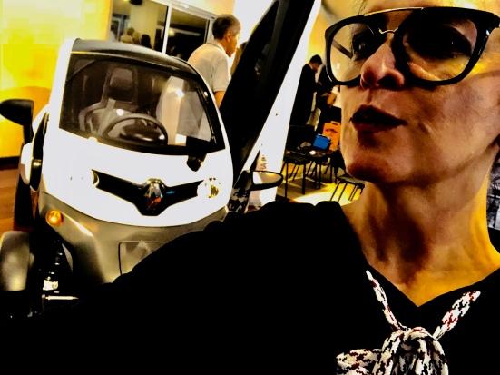 Esta colunista e o Renault Elétrico