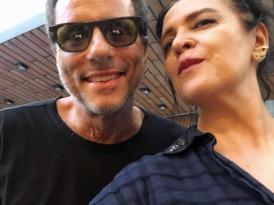 Vanessa Malucelli com Tony Bellotto — TITÃS