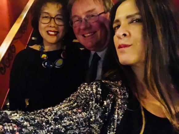 Ile de France — Clara e Jean Paul Decock, em selfie desta colunista
