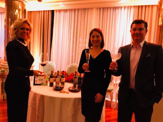 Bueno Wines — Daniele Lopes, Stella Mariano e Douglas Delamar
