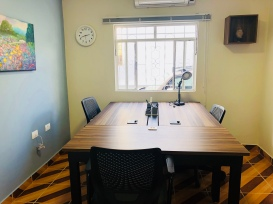LAVORINO Coworking — Sala de Trabalho, mesa grande