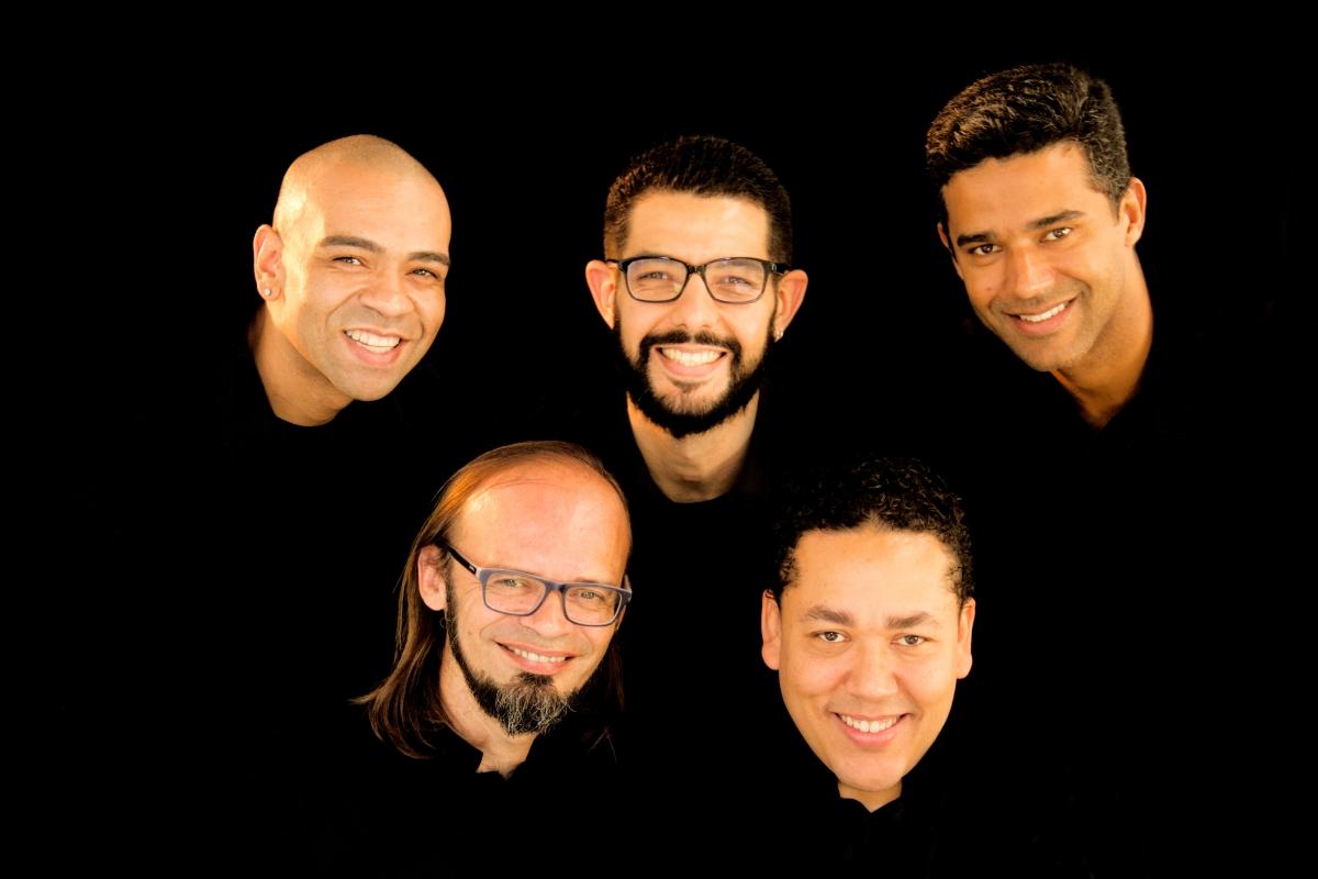 Quinteto de sopros de Curitiba promove concerto com repertório histórico dos séculos XX e XXI