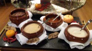 Feijoada Rayon - Molho de Pimenta e Farinha de mandioca