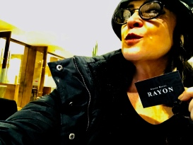 Feijoada Rayon — Ansiosa, entrando no Grand Hotel Rayon