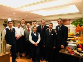 Feijoada Rayon - Esta equipe garante a qualidade padrão do Grand Hotel