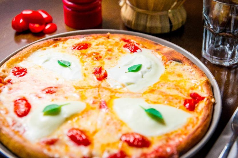 Pizza_Burrata_é_uma_das_mais_vendidas_no_Funiculi