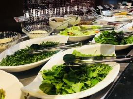 KF a La Carte - Saladas e molhos para abrir o apetite