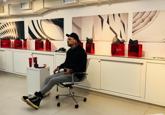 Beauty artist Ricardo dos Anjos, expert da linha Match, embaixador de O Boticário