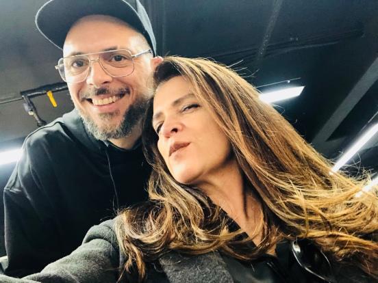 Beauty artist Ricardo dos Anjos, e esta colunista Vanessa Malucelli