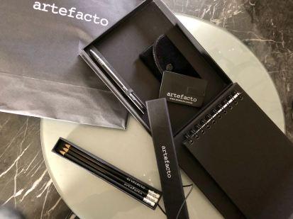 ARTEFACTO - Mimos