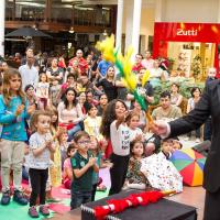 Fim de semana tem espetáculo de mágica e show de rock para os pequenos