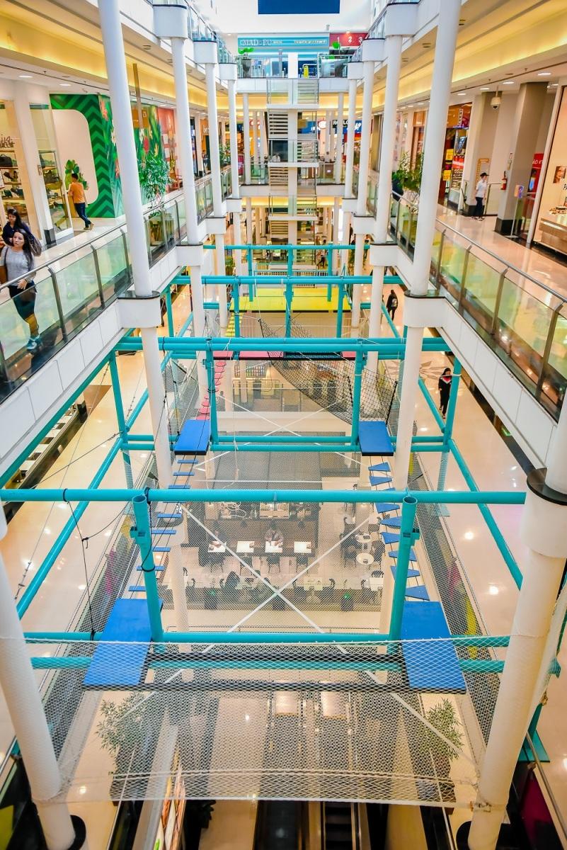 Shopping inaugura circuito indoor de arvorismo radical, inédito na cidade
