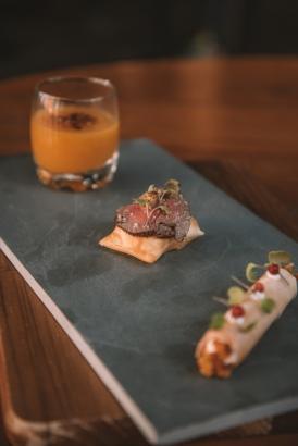 Snacks_para_degustar_GastroNight_+55_Chef_Sanderson_Ramos_e_Petit_Pop_Pâtisserie