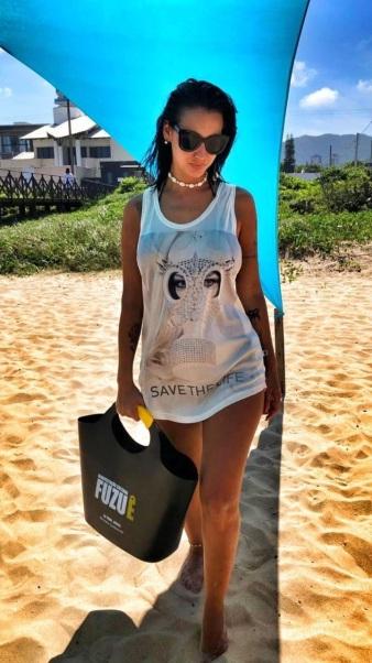 1_-_Camisetas_foram_confeccionadas_pelo_estilista_Maskavo,_exclusivamente_para_o_FUZUÊ