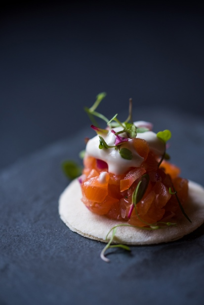 Blini_de_salmão_gravlax_GastroNight_+55_Bar_19-02-19