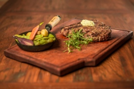 OX Steakhouse - tomahawk 2 - foto Munir Bucair Filho divulgacao