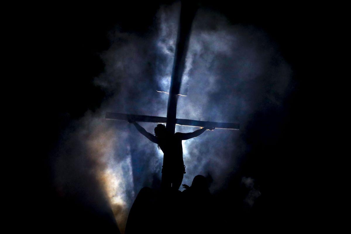 """""""Paixão de Cristo"""", do Grupo Lanteri, será apresentada dia 19 de abril, em Araucária."""