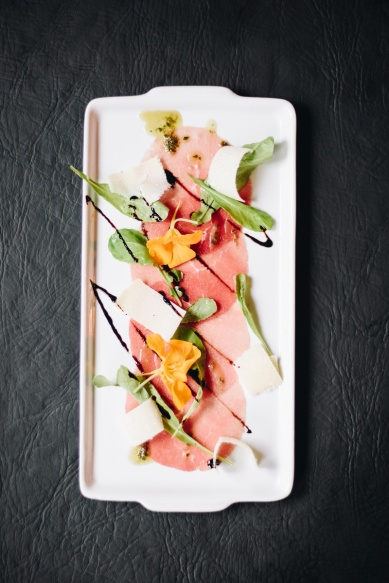 Carpaccio e fruta do bosque_GastroNight +55 Bar_11-06-19