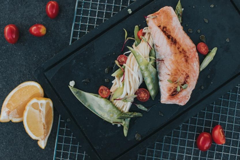 Salmão_Sarado_chef_Matheus_Henrique_+55_Bar