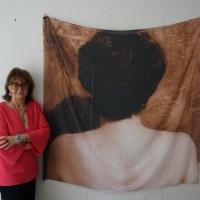 Artista curitibana apresenta exposição inédita em Bruxelas, na Bélgica