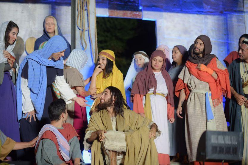 Apresentação Paixão de Cristo Grupo Lanteri Paixão de Cristo. Curitiba, PR.