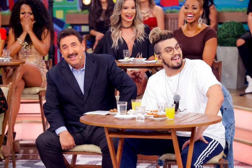 Ratinho e Luan Santana_Foto_Gabriel_Cardoso_SBT (6)