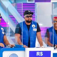 Gabi Martins, Guilherme Napolitano e Daniel Lenhardt  enfrentam o Bonde do Tigrão no Passa ou Repassa neste domingo (05)