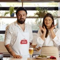 Chef André Pionteke e Gabi Mahamud dividem bancada na estreia do primeiro episódio da Stella Chefs Curitiba