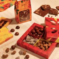 Feliz Astral é a nova campanha da Dengo Chocolates para celebrar e presentear no final de ano
