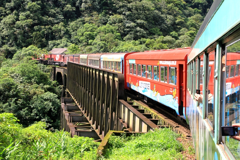 Trem-da-Serra-do-Mar-Paranaense-6