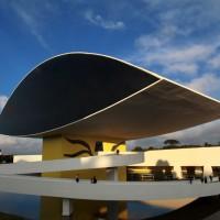 Arte dentro de casa: museus e eventos culturais com exposições virtuais