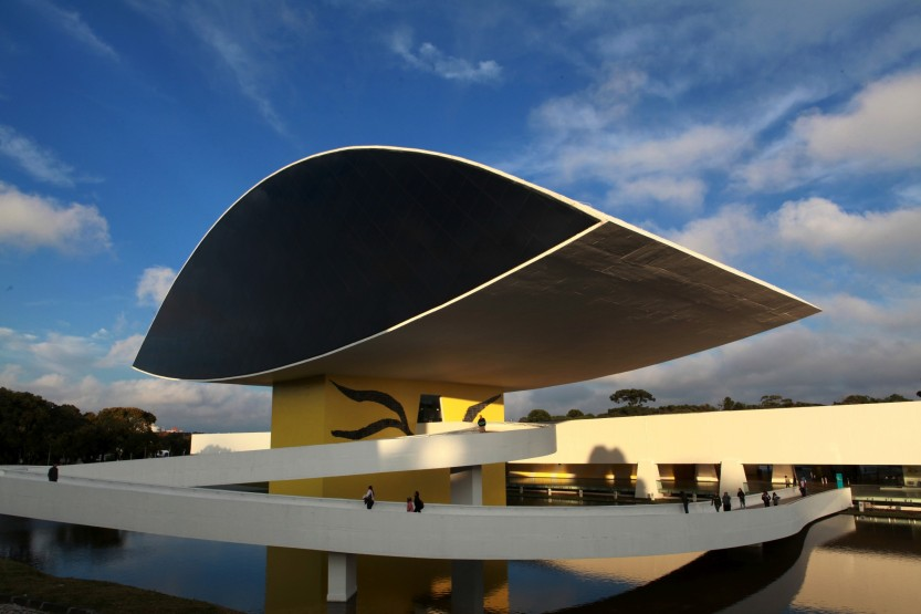 Museu Oscar Niemeyer. Foto:Cesar Brustolin/SMCS