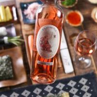 Sommelier explica para que serve a cavidade nofundo da garrafa de vinho