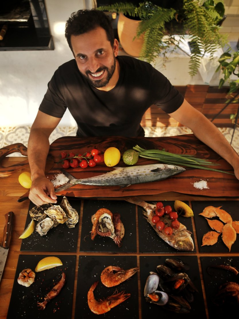 FishMe_José_Araujo_Netto_com_pratos
